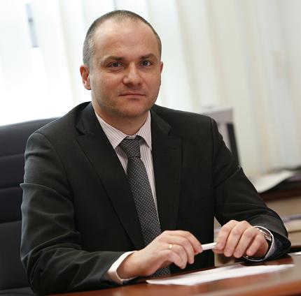 Piotr Sucharski - prezes Neuca