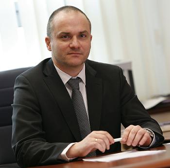 Piotr Sucharski - prezes zarządu Neuca SA