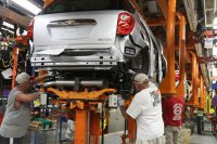 Boryszew wstrzymuje produkcję części dla niektórych producentów aut