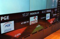 Inwestorzy rzucili się na tanie waluty, WIG20 wciąż pod 2.100 pkt.