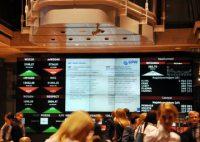 Kometarz rynkowy: Świetne dane nie pomogły złotemu i giełdzie