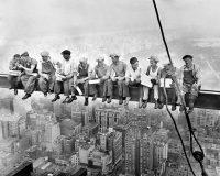Raport: Spekulacje i fundamenty wśród giełdowych spółek budowlanych