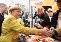 Złoty nieco słabszy o poranku, wybory w Niemczech ciążą euro