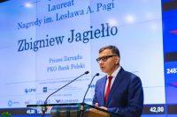 Przecena na kursie PKO BP. Zbigniew Jagiełło rezygnuje z kierowania największym polskim bankiem