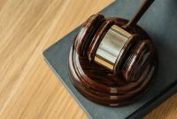 Sąd zabezpieczył majątek Qumaka