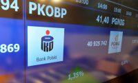 Kapitał płynie na GPW, realizacja zysków na CD Projekcie i Dino Polska