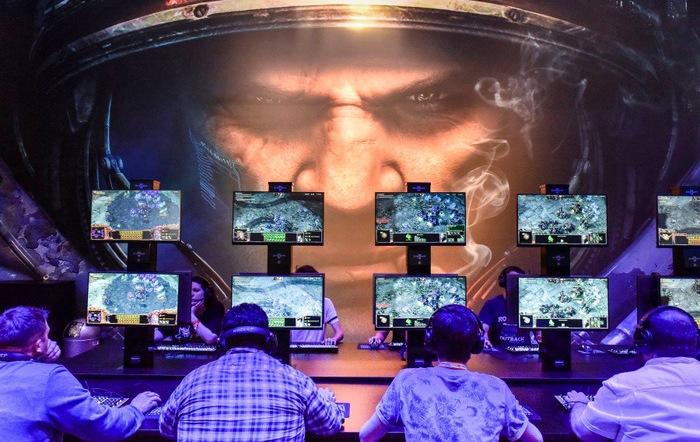 gry. gaming, debiut, 1C Entertainment, Game Operators, Starward