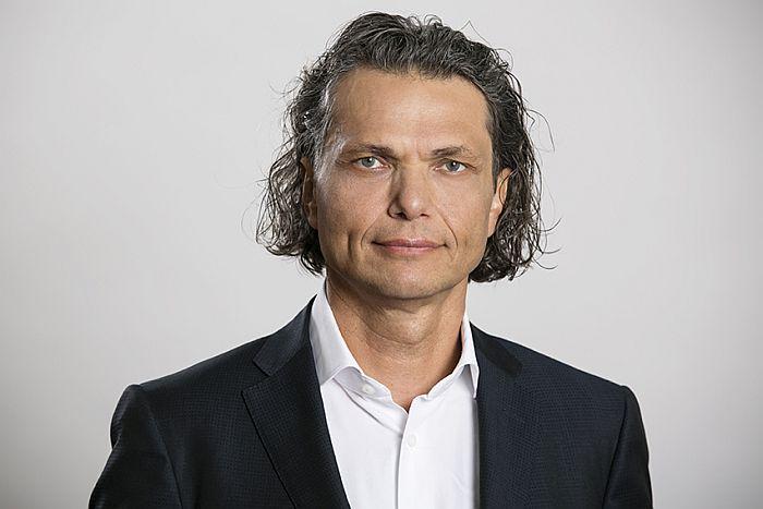 Play, rada dyrektorów, Dominik Libicki