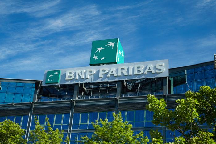 BNPParibas,bank, zwolnienia,