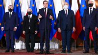 Premier: Kaczyński i Gowin nowymi wicepremierami, do rządu wejdą Puda i Czarnek